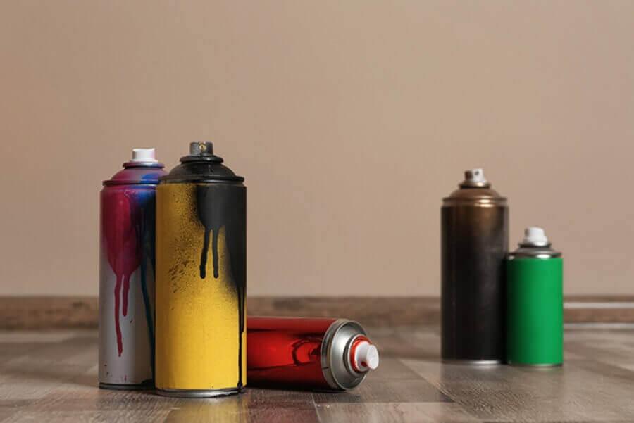 Spray paint For Wood Shelves & Bookshelf